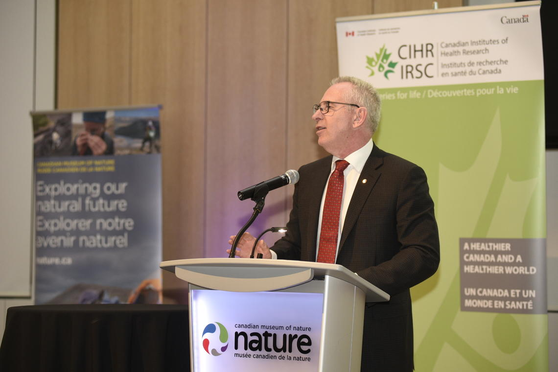 UCalgary President Ed McCauley thanks CIHR for the investment in microbiome research.